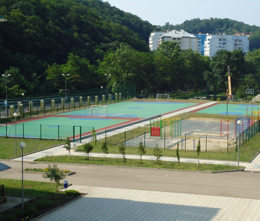 2 спортивная площадка1